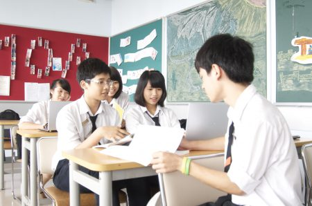 """Rèn luyện """"tư duy phản biện"""" mỗi khi tranh luận sẽ giúp học sinh có một phản xạ nhìn nhận nhiều góc cạnh cho một vấn đề."""