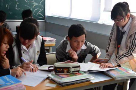 Không khí ôn thi tại Fschool đang nóng lên từng ngày trước kỳ thi quan trọng