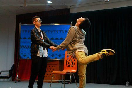 Âm nhạc và những bước nhảy cùng sự kết hợp nhuần nhuyễn của giàn diễn viên là thế mạnh của lớp 10D