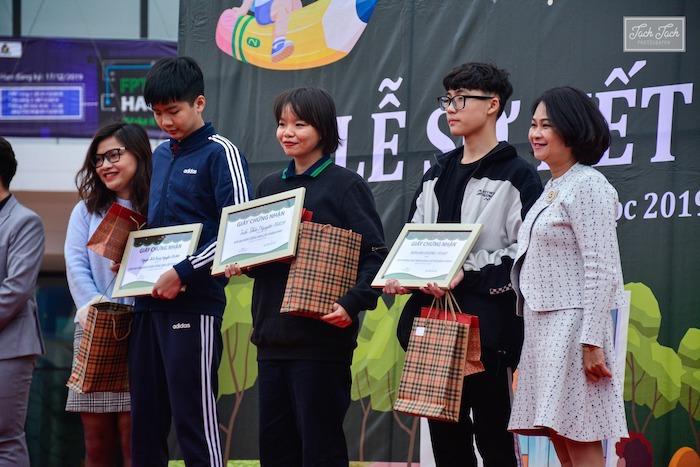 Giải Ba môn Tiếng Anh TP Hà Nội2